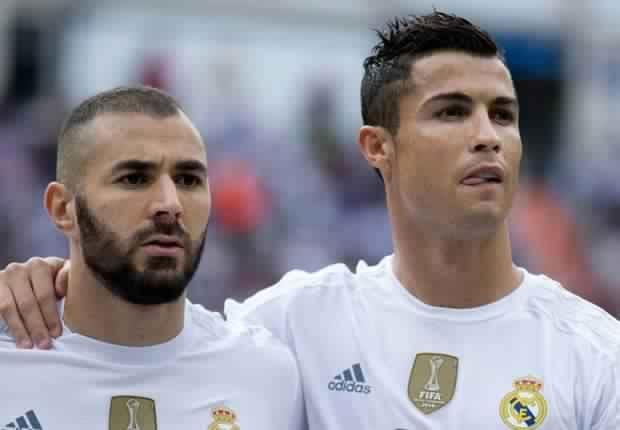 بنزيما يعادل رقم خينتو أسطورة ريال مدريد