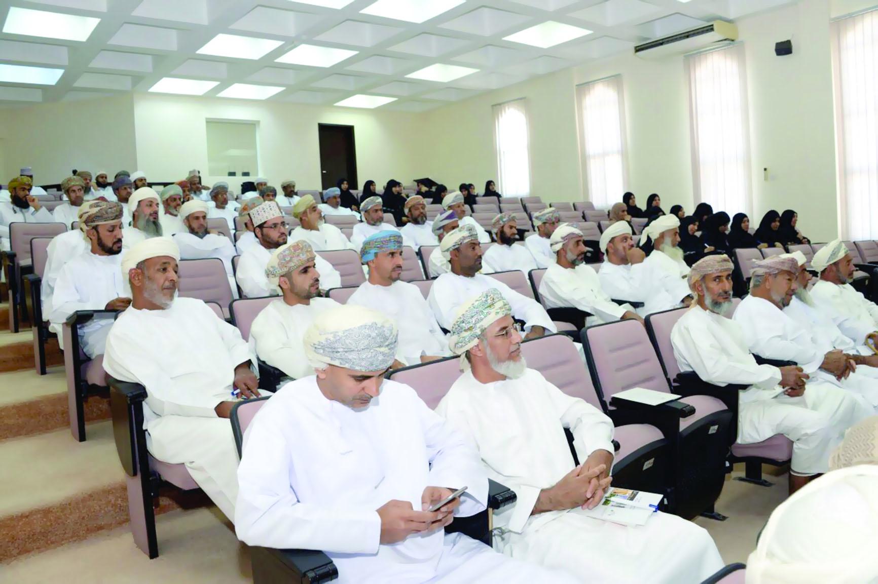 «التنمية العُماني» يموِّل ألف مشروع في الداخلية