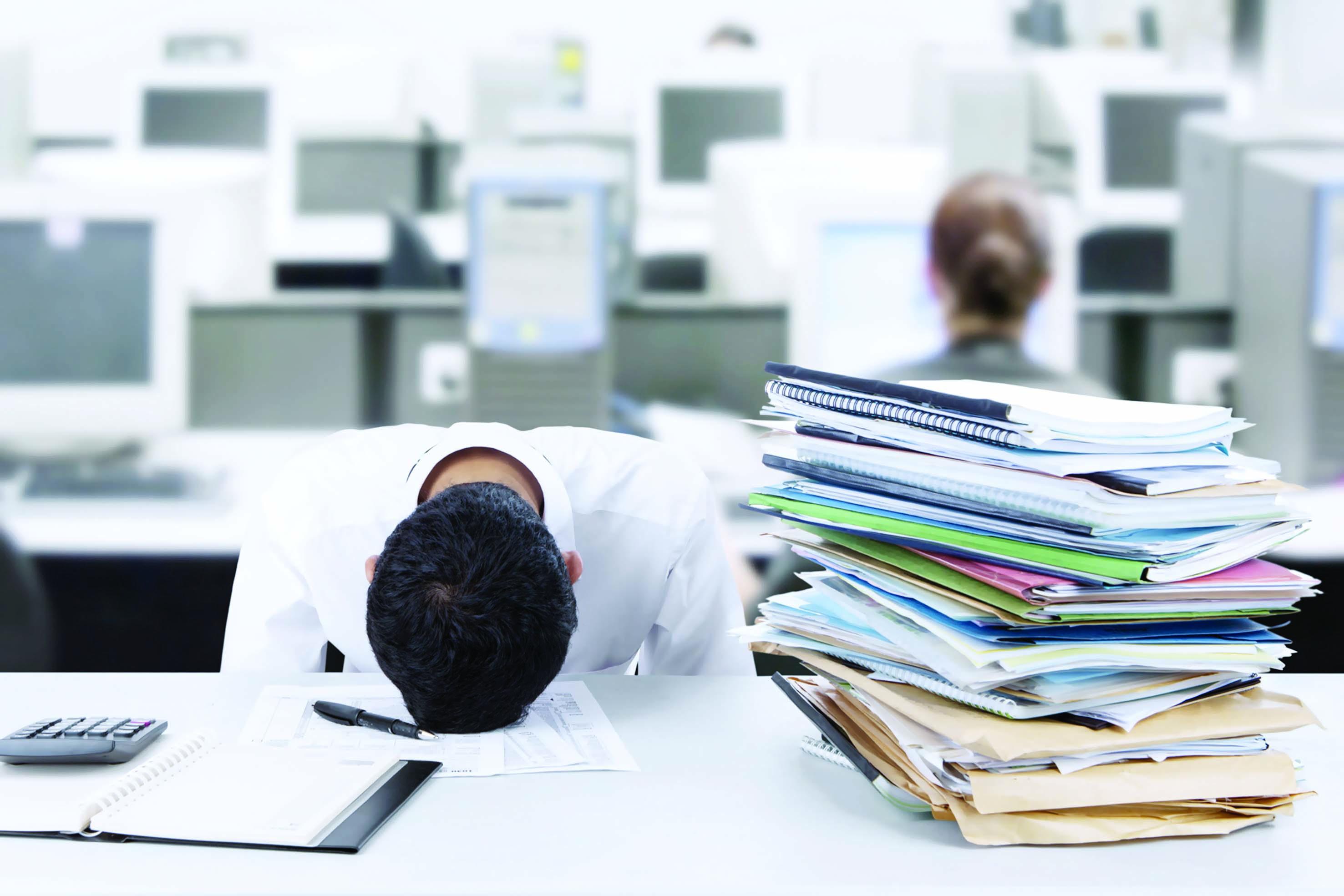 هل تؤثر ضغوط العمل في الإنتاجية؟