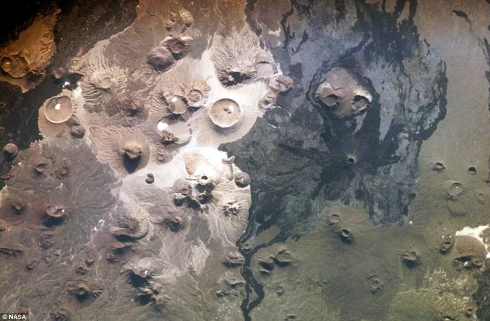 بالصور.. هياكل حجرية غامضة في السعودية عمرها 7 آلاف سنة