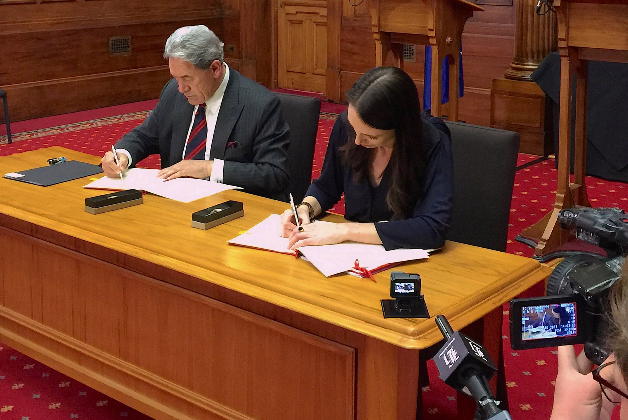 New Zealand protectionist Winston Peters appointed deputy premier, foreign minister