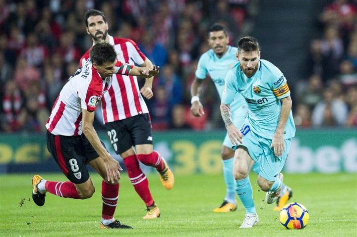 ميسي يتفوق في تقييم لاعبو برشلونة في مباراتهم مع بيلباو