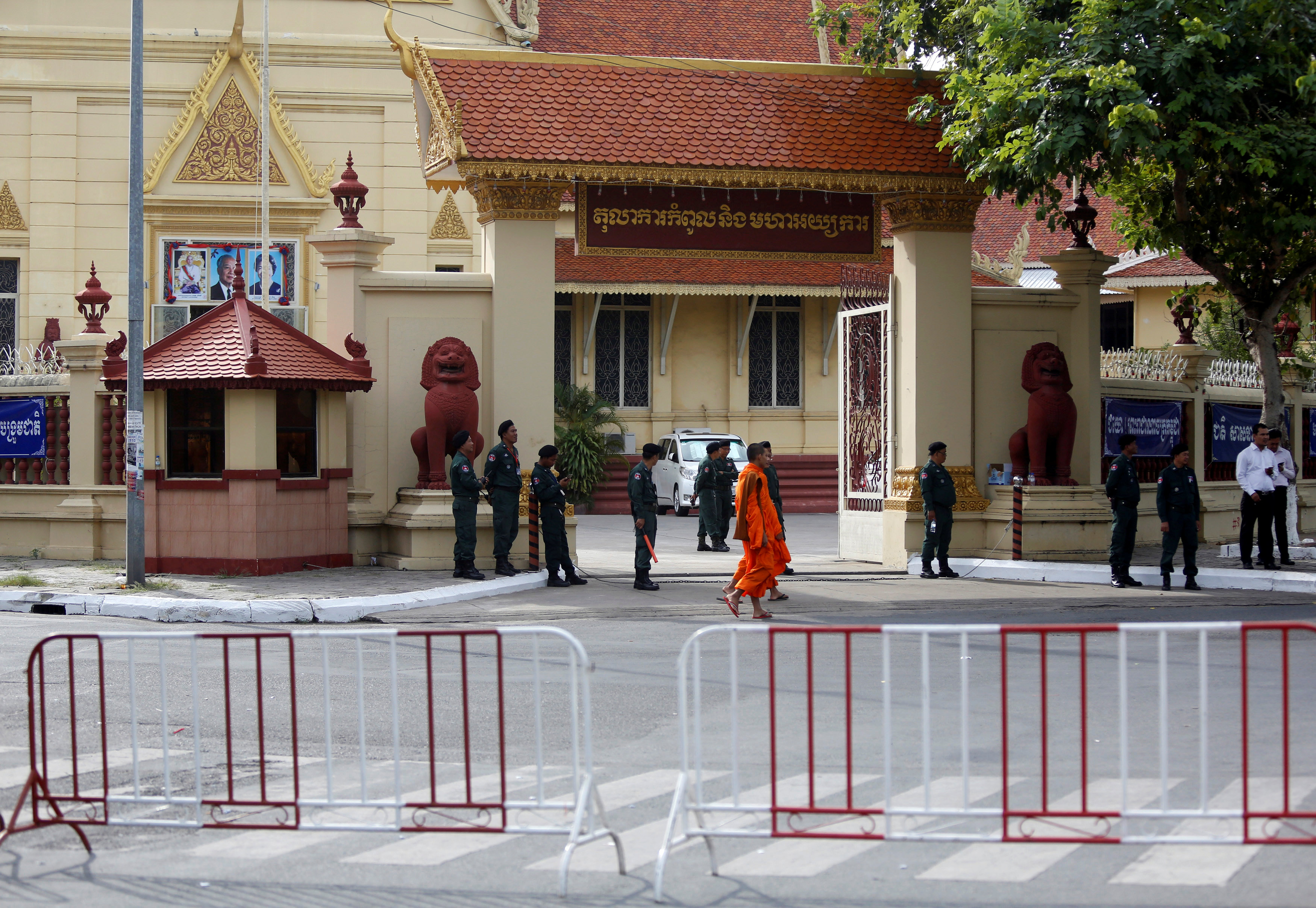 European Parliament lawmakers threaten Cambodia aid and trade over crackdown