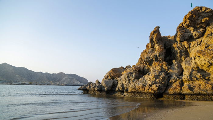 Oman looks to explore off-shore oil, mineral, research opportunities