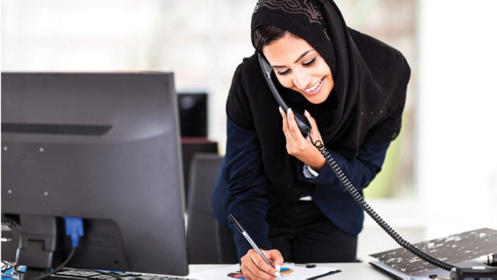 لجنة حكومية تضمن توظيف العُمانيين