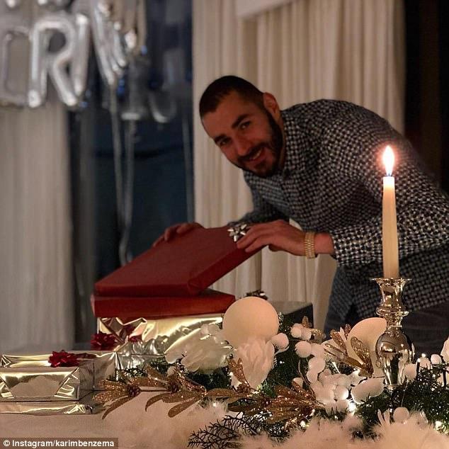 كيف احتفل بنزيمة بعيد ميلاده قبل الكلاسيكو؟