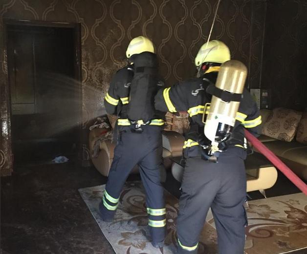 إخماد حريق جديد في منزل بنزوى