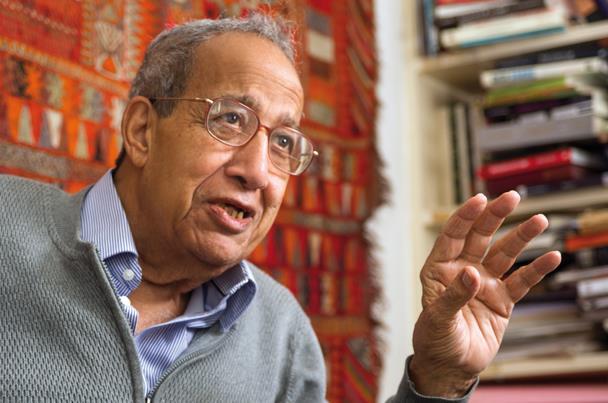 مفكر مصري: السلطان قابوس اسم له تقدير كبير في الوطن العربي
