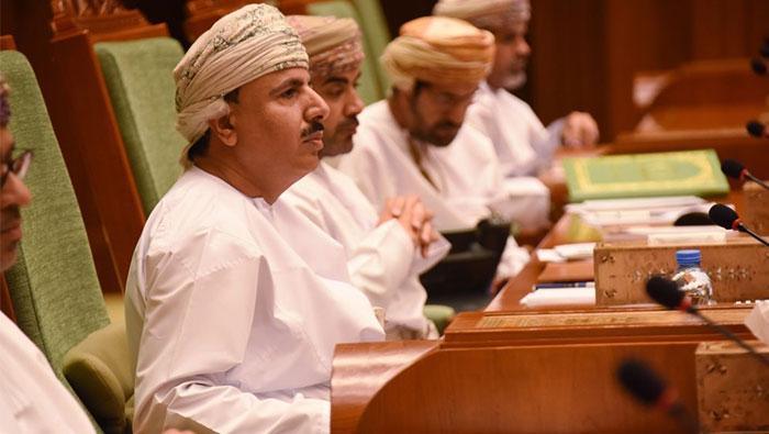 Oman's Ministry bans visa for expats in ten sectors
