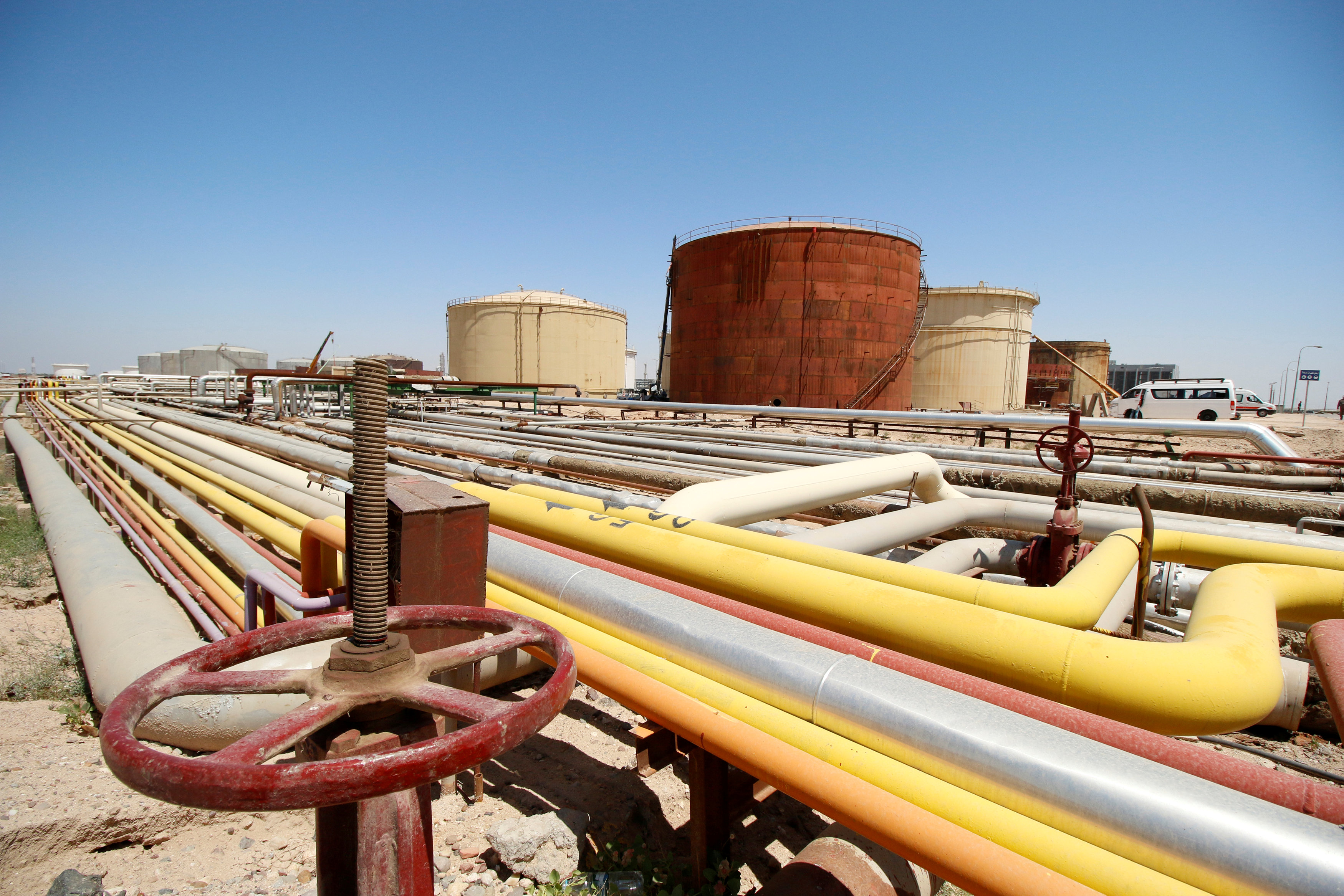 Iraq to build oil refinery in port of Fao