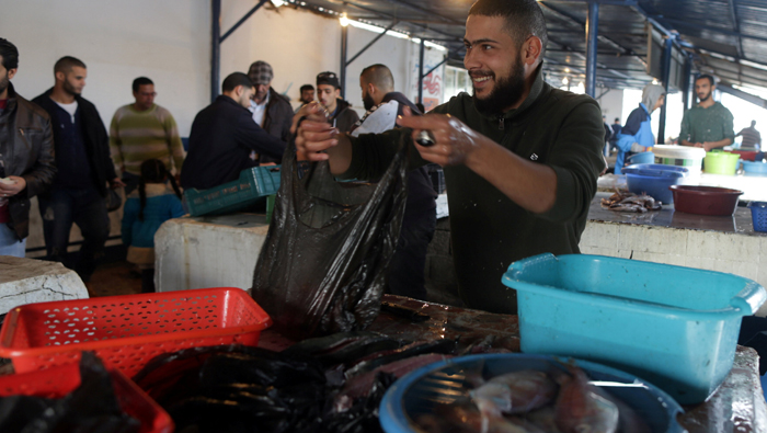 Wounded Libyans struggle as fighting in Benghazi draws to close