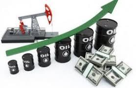 ارتفاع الدولار وزيادة الإنتاج الأمريكي يقودان أسعار النفط للانخفاض