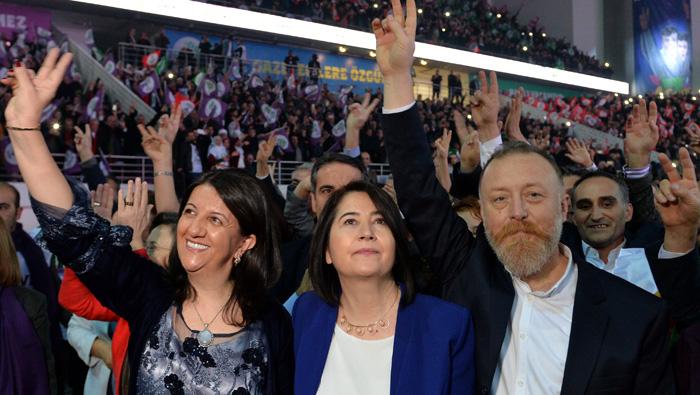 Turkey launches investigation into new pro-Kurdish leader
