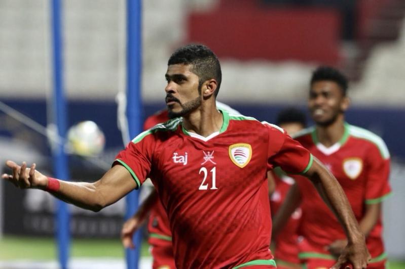 الرزيقي يخطف الأضواء في انتقالات الأندية الكويتية