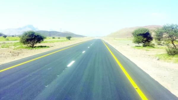 وزارة النقل تنوه سالكي طريق مصرون - لزق