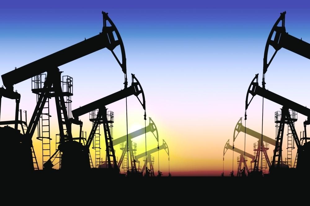 انخفاض أسعار النفط بعد المكاسب التي حققها