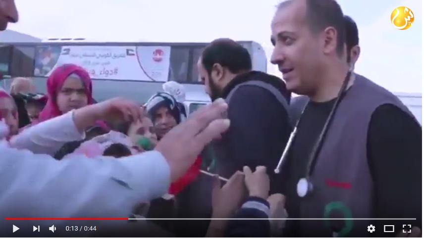 بالفيديو.. أطباء كويتيون يحتفلون بعيدهم الوطني بعلاج أطفال سوريين