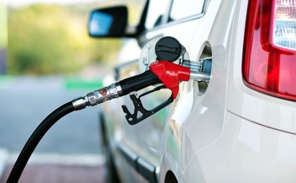 """""""النفط والغاز"""" تنوه بشأن إعلان أسعار المنتجات النفطية الشهرية"""