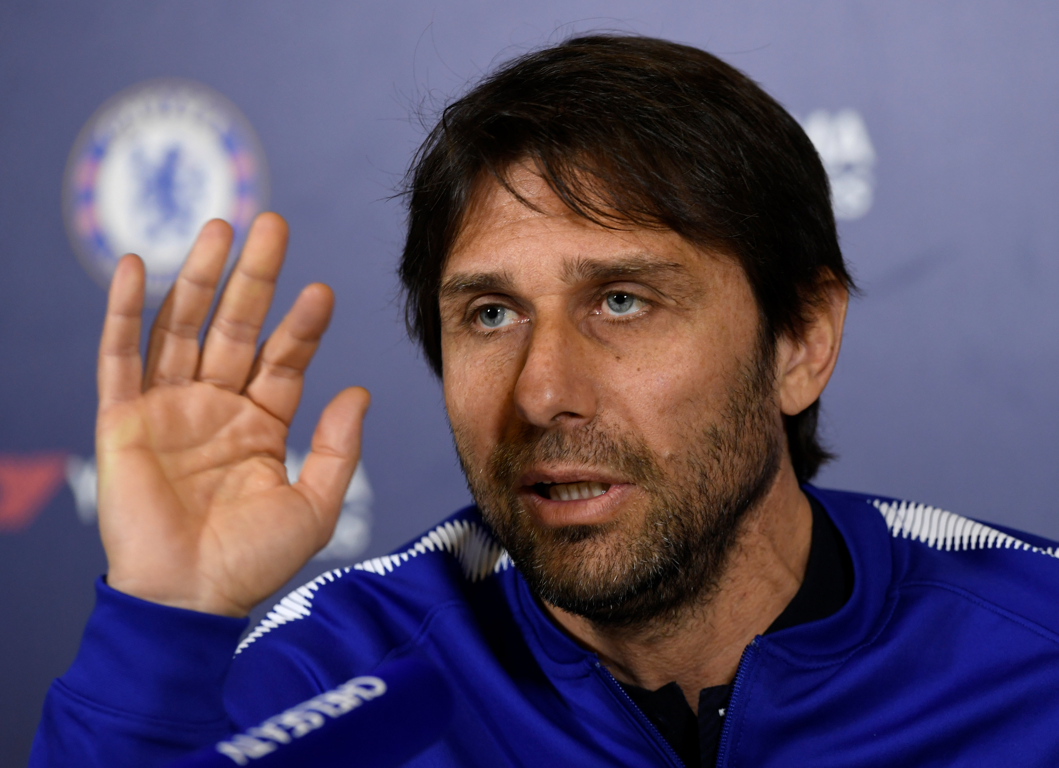 Football: Conte keen to see out Chelsea contract