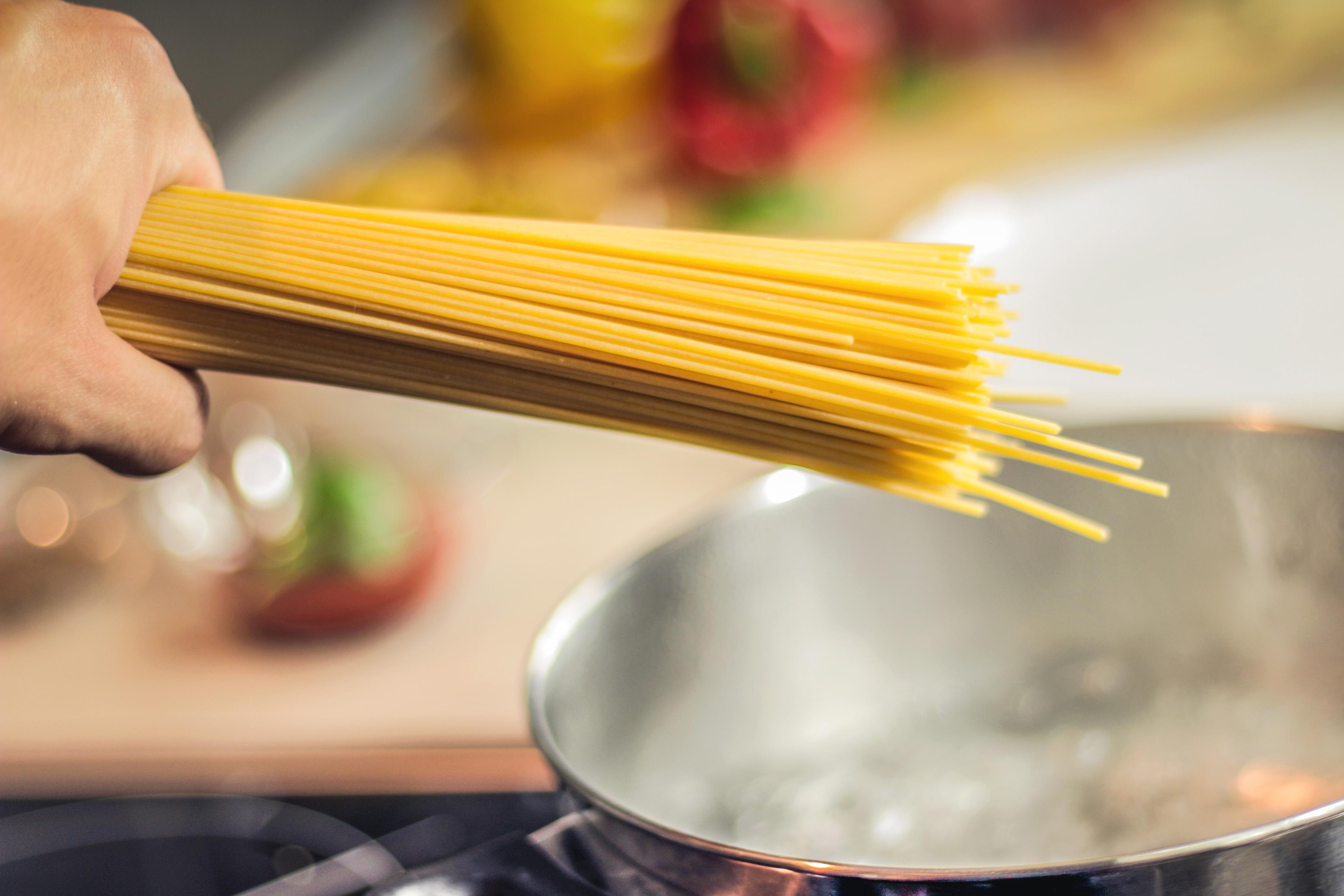 Oman dining: Five kitchen hacks