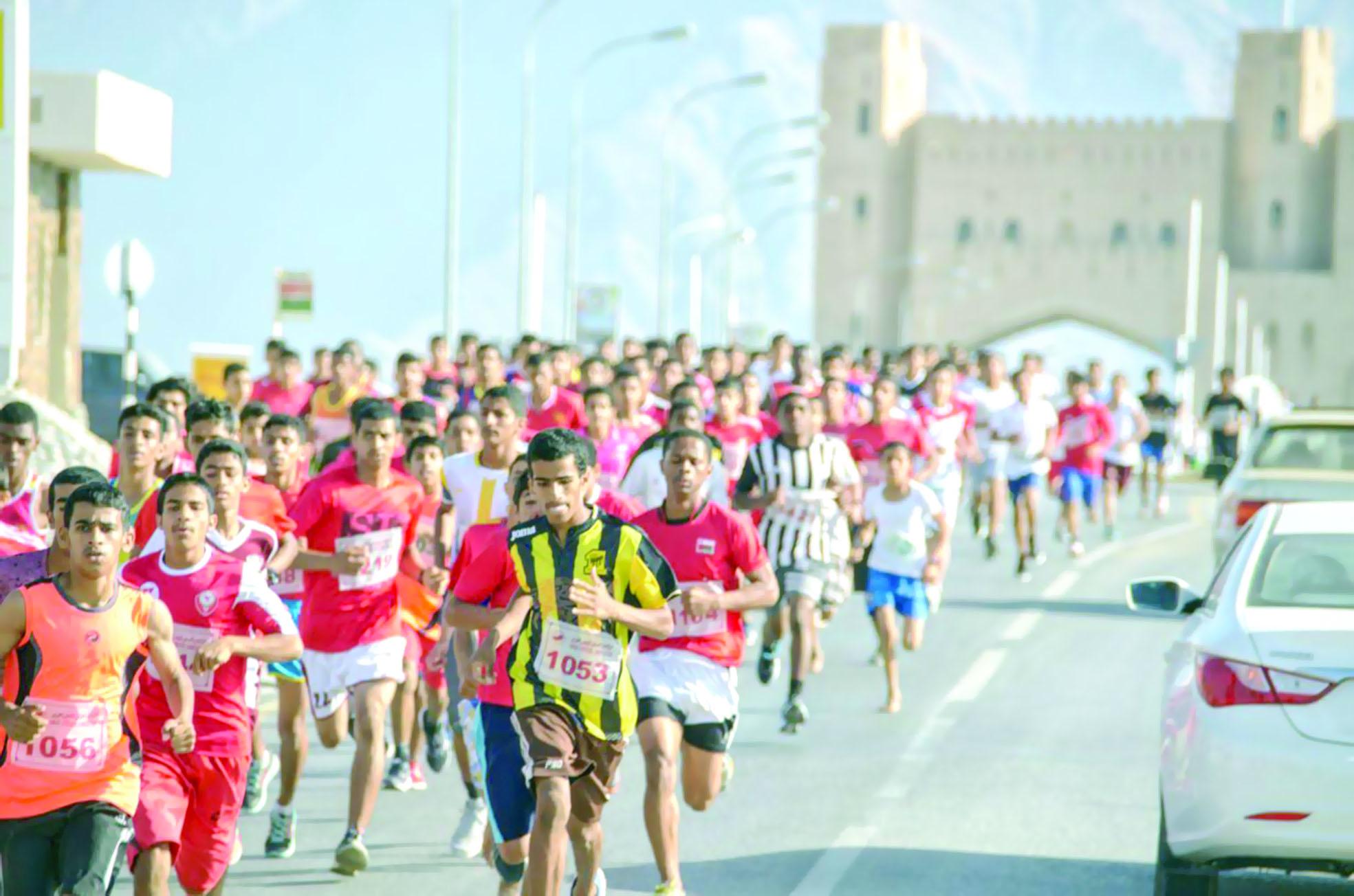 الرحبي والجابري بطلا سباق الراسيات للجري
