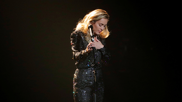 Lawsuit says Miley Cyrus stole 'We Can't Stop,' seeks $300 mln