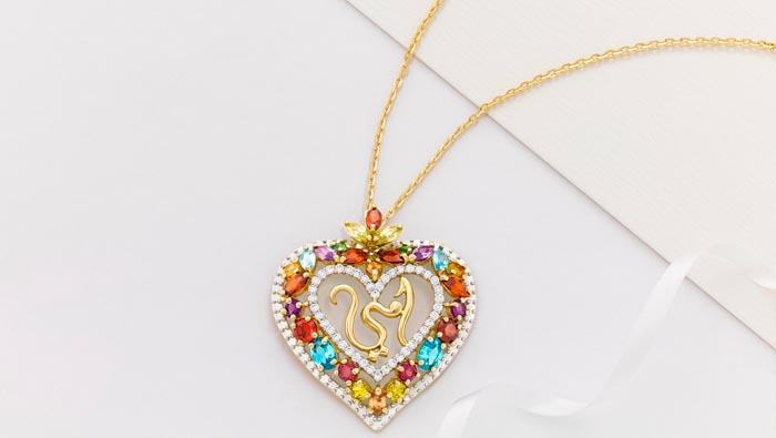 Malabar Gold & Diamonds launches specially designed Mother's Day pendants