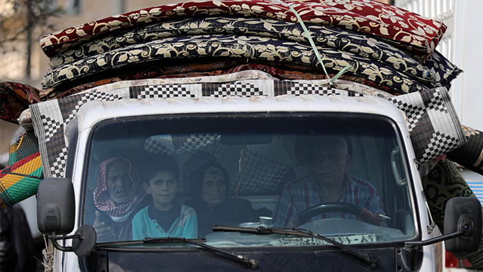 Aid convoy enters eastern Ghouta