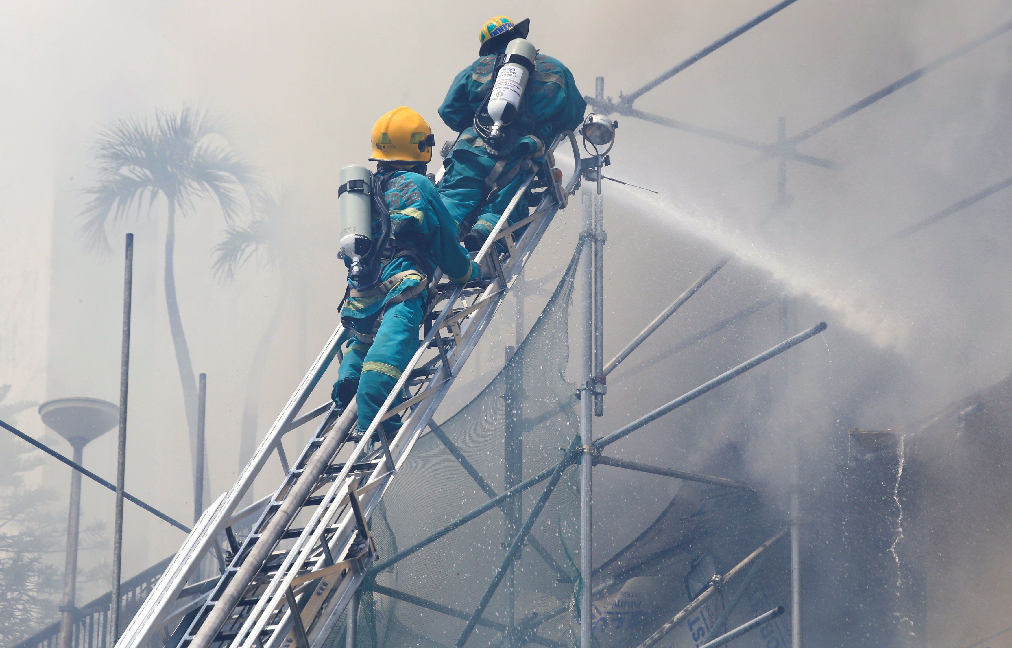 Philippine hotel fire toll rises to five