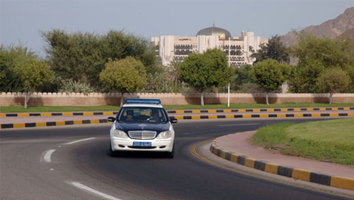 Three arrested on charges of fraud, theft in Oman