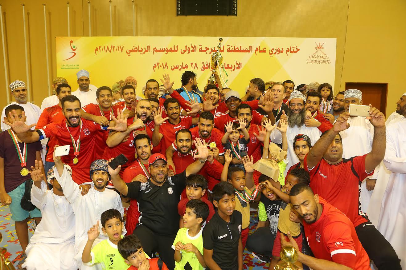 مسقط يثأر من نادي عمان ويتوج بطلا لدوري اليد