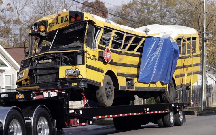 هذا أعنف حادث حافلة مدرسية أودى بحياة أطفال.. تعرفوا عليه