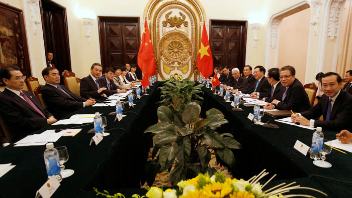 China, Vietnam call for maritime disputes to be settled through talks