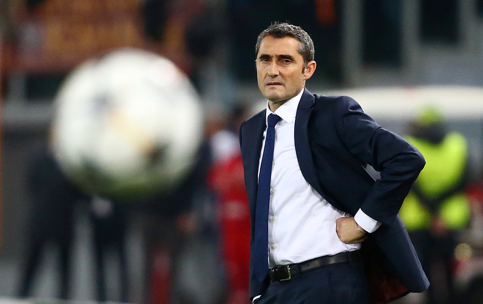 Football: Conservative Valverde blasted after 'historic debacle'