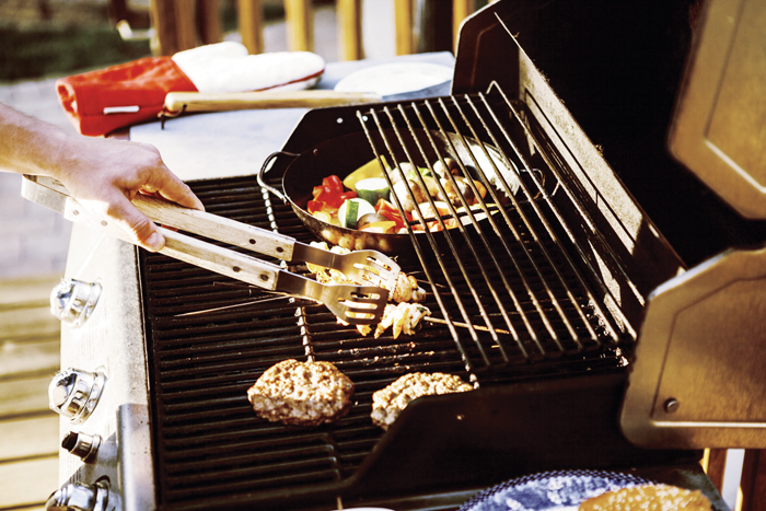 Smart tips to keep your grill clean and safe
