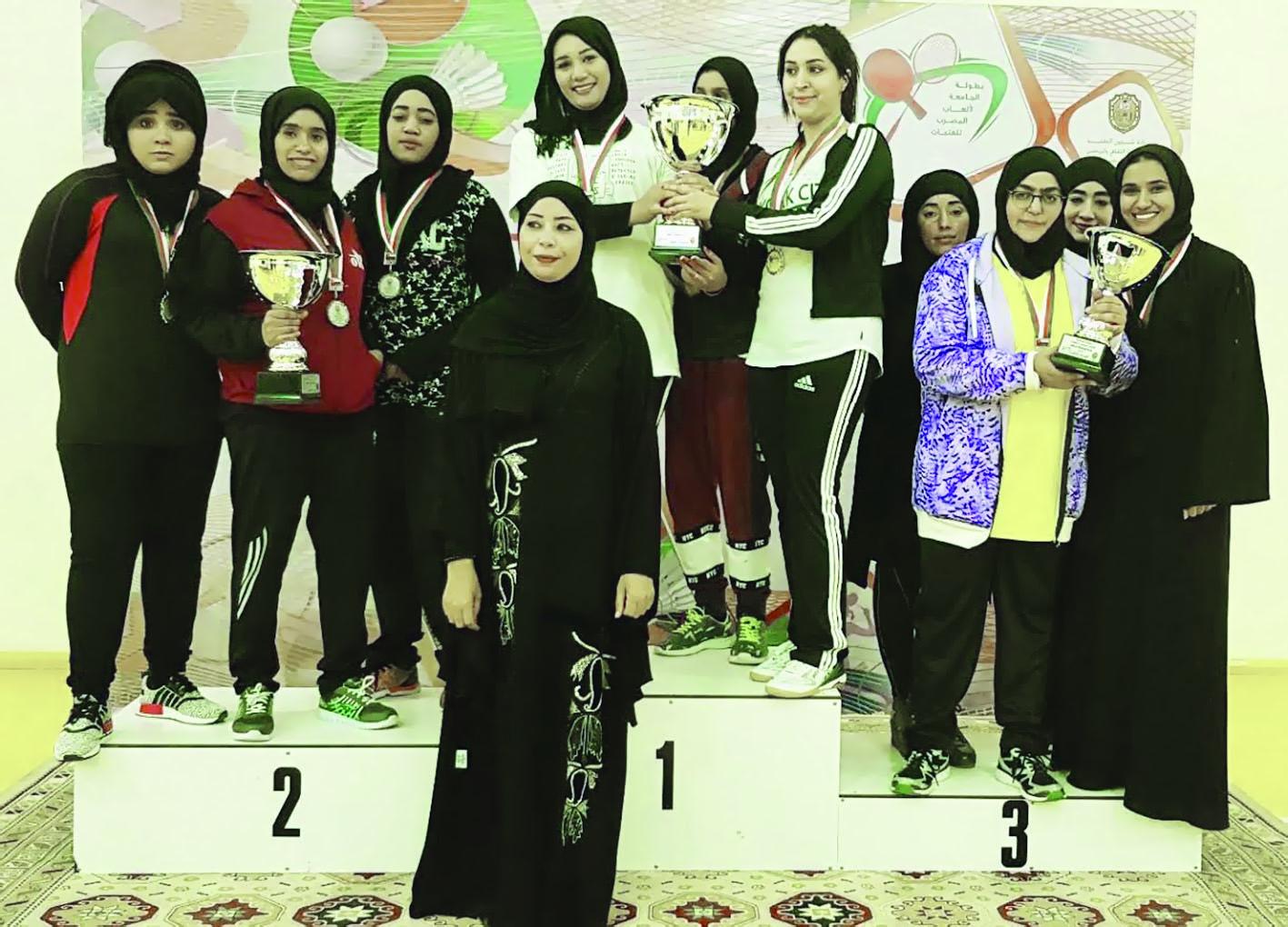 جامعة السلطان قابوس ثانياً في بطولة المضرب للفتيات