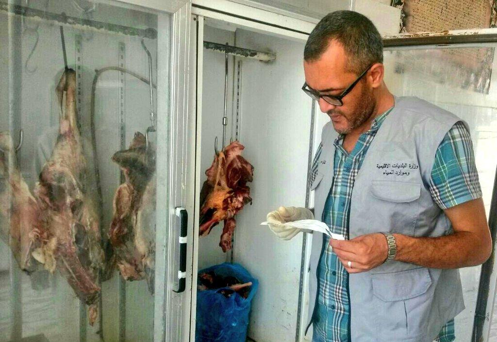 """بلدية جعلان بني بو حسن تنفي صحة """"بيع لحوم حيوانات ميتة"""""""