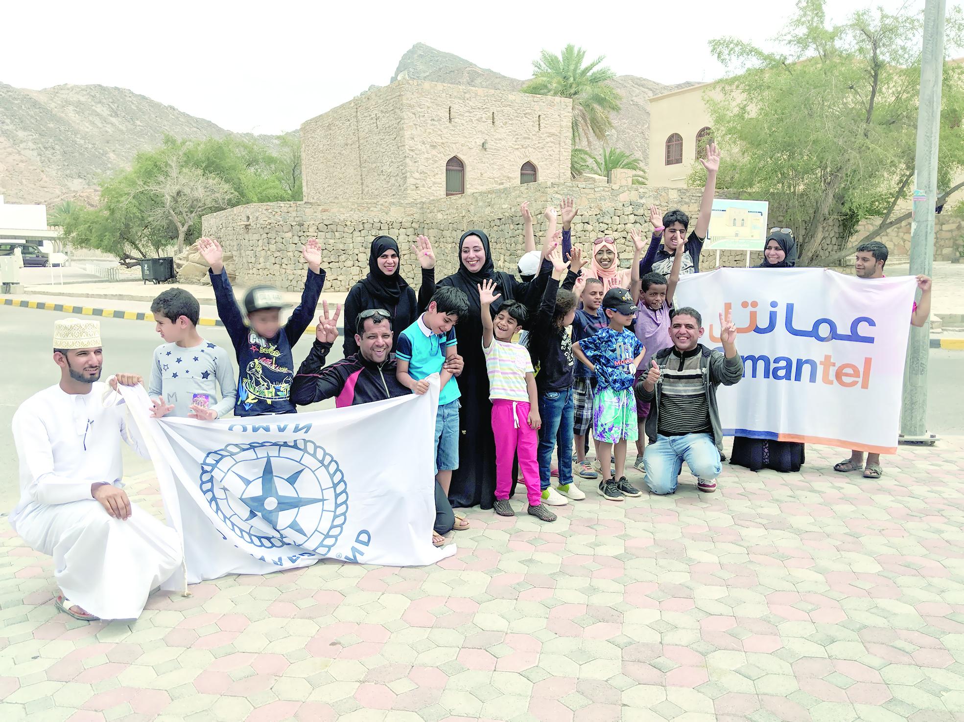 لإشراكهم مع أفراد المجتمع في الأنشطة«عُمانتل» تدعم أنشطة أطفال التوحد في برنامج «تحدي»