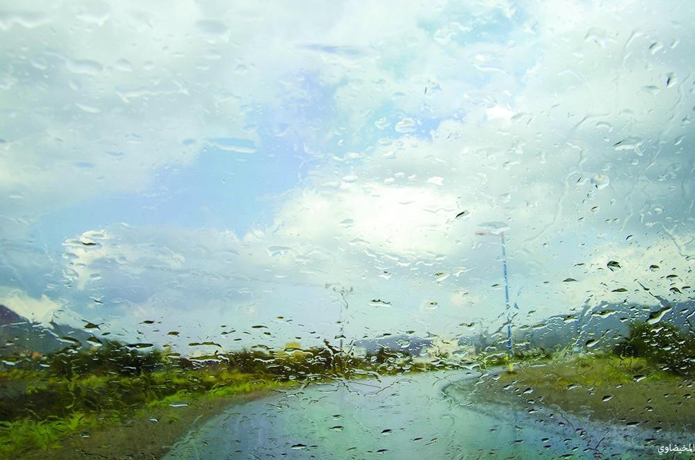حالة الطقس: أمطار متوقعة فوق جبال الحجر