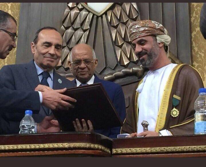 الاتحاد البرلماني العربي يكرم المعولي بجائزة التميز