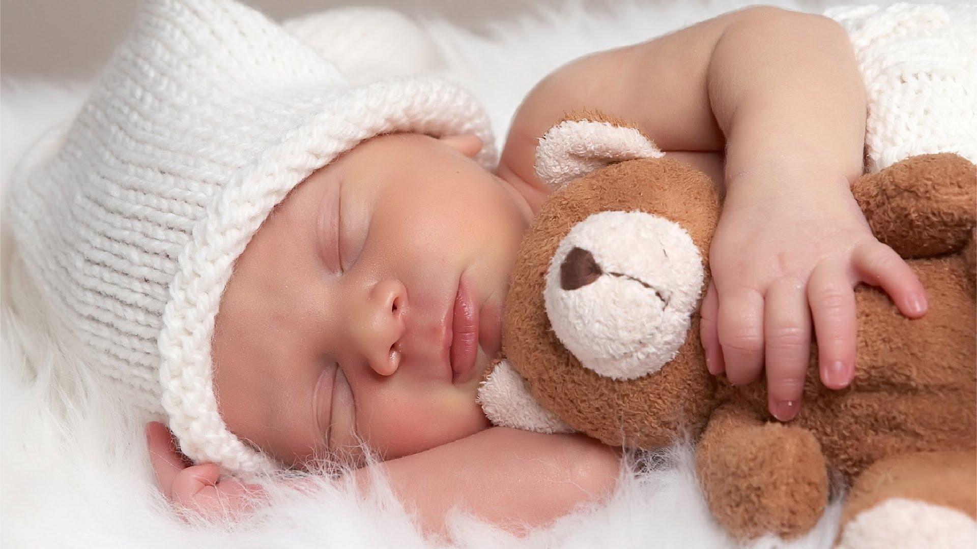 هذه هي ساعات نوم الطفل في أعوامه الأولى