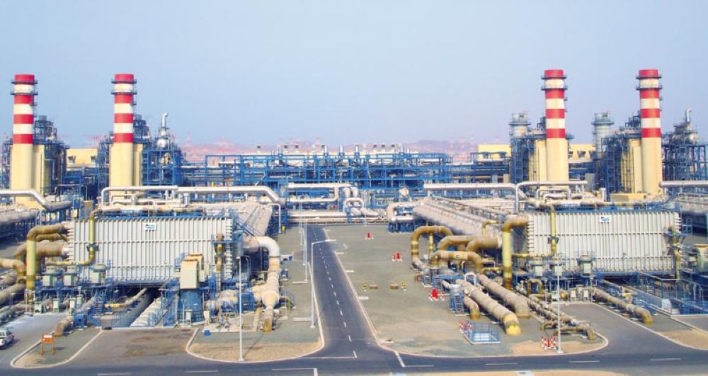 ارتفاع إنتاج السلطنة من الكهرباء 5%.. وإنتاج المياه يتخطى الـ 398 مليون متر مكعب