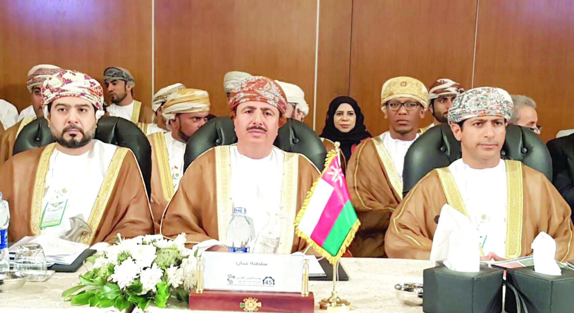 البكري يتــرأس وفــد السلطنة لفريق الحكومات في «العمل العربي»
