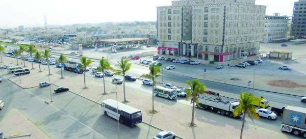 بلدية ظفار تغلق شارع النماء.. الاثنين