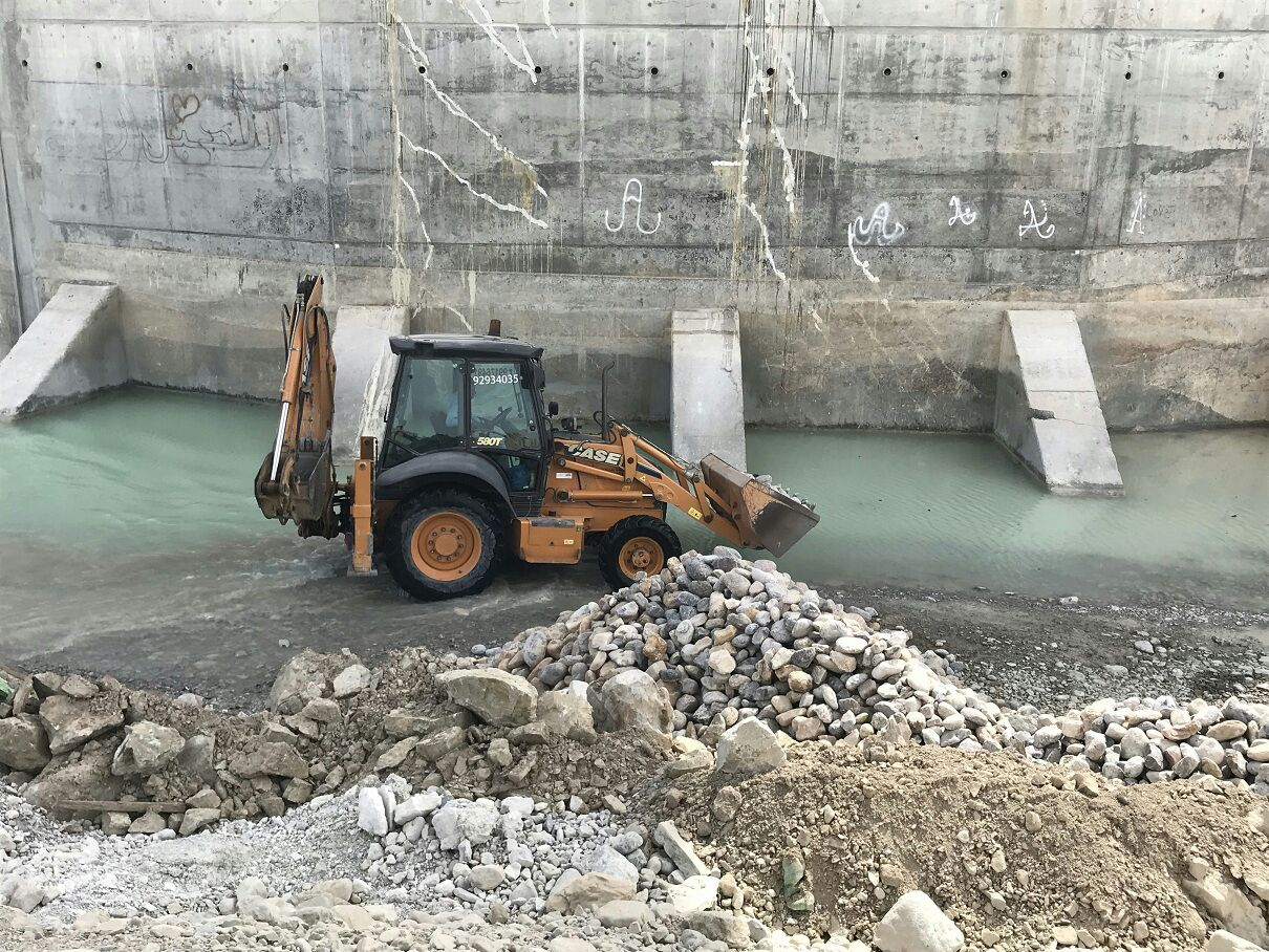 """توضيح من بلدية مسقط بشأن صيانة """"جسر السرين"""""""