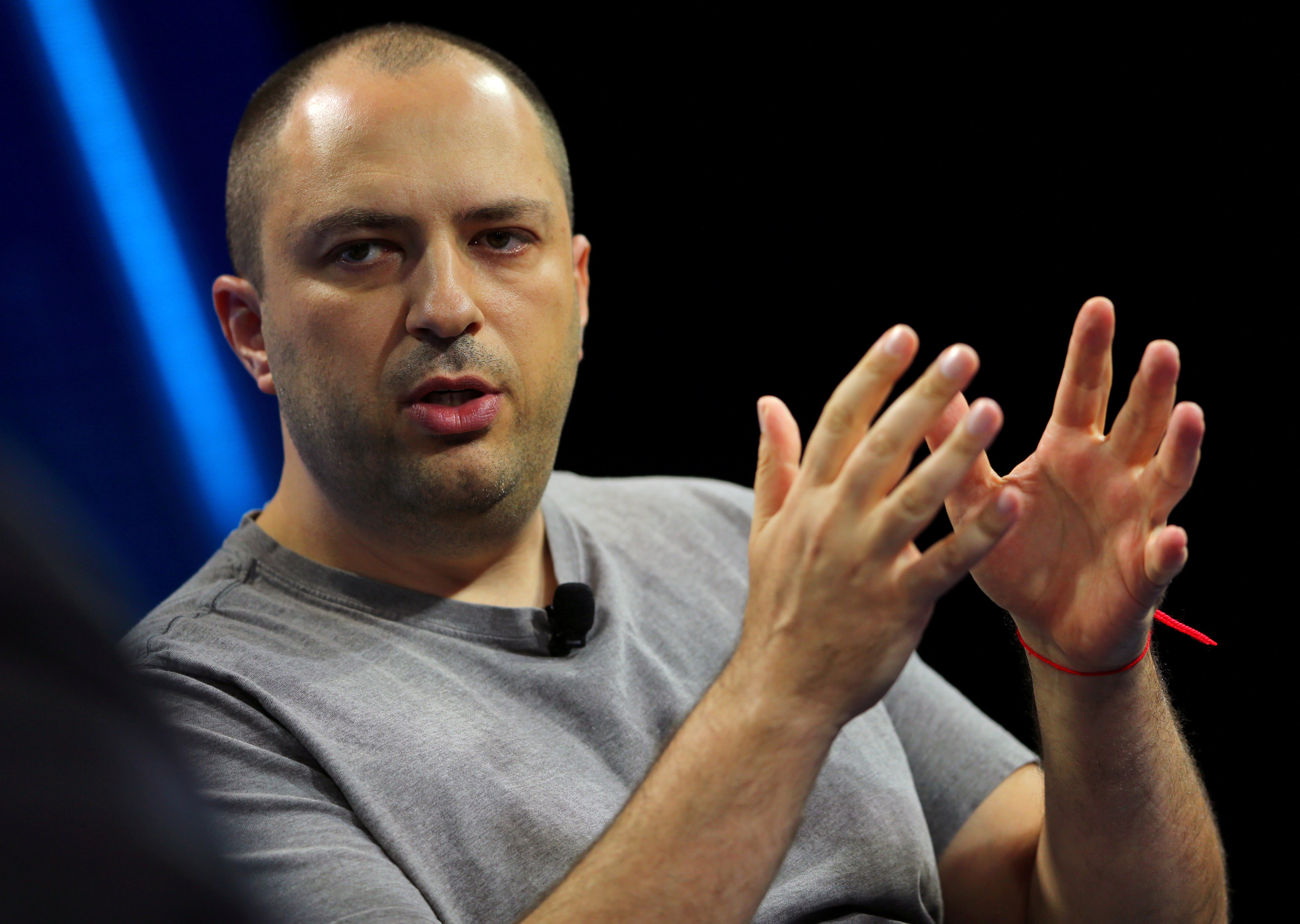 WhatsApp co-founder and privacy advocate at Facebook to quit