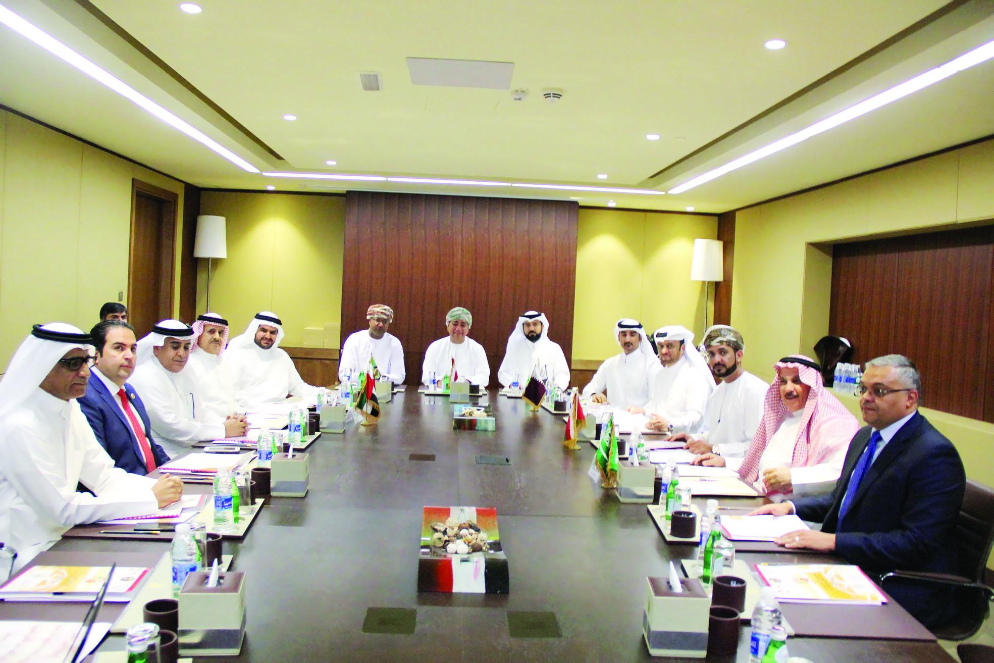 رؤساء الاتحادات الخليجية للسلة يناقشون مستقبل المسابقات