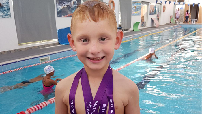 Swimming sensation loves to help cancer patients