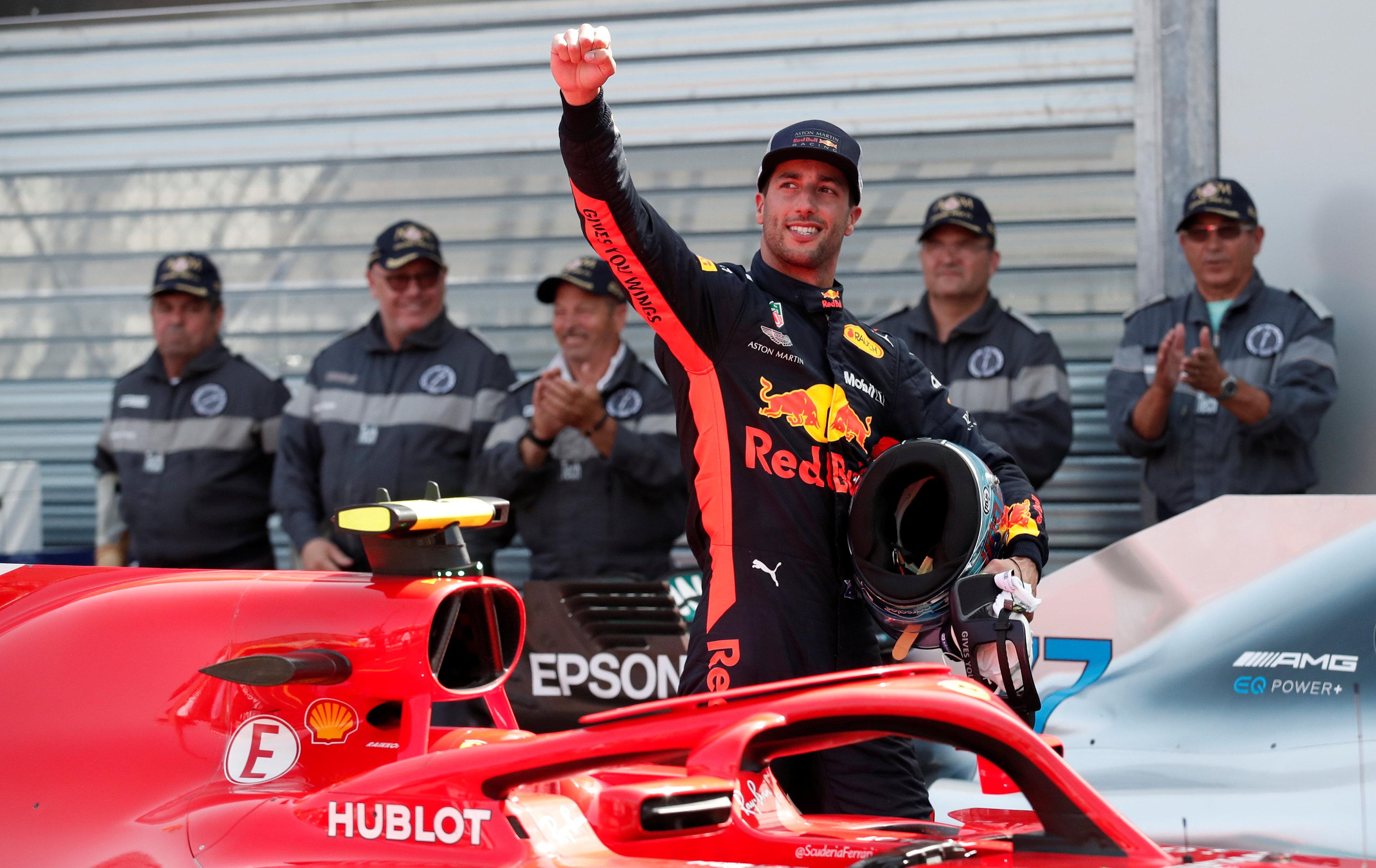 Ricciardo takes Monaco pole with track record lap
