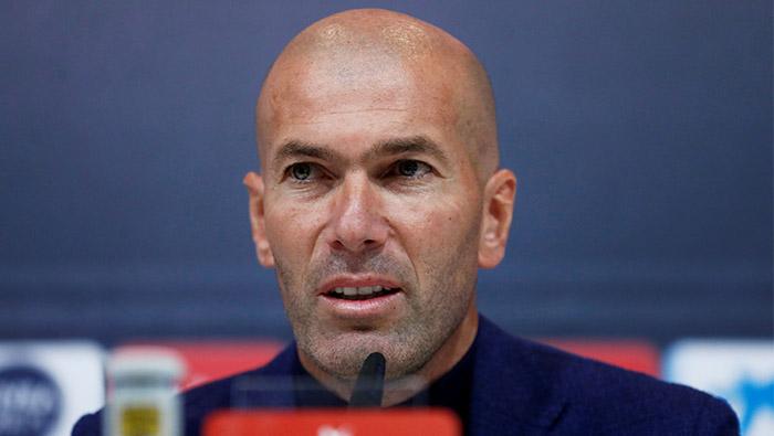 Football: Zidane steps down as Real Madrid coach